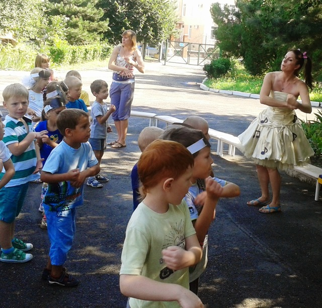 Детские подвижные игры под музыку