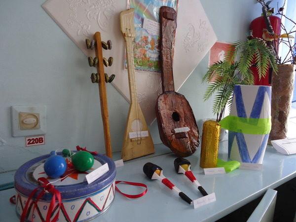 Музыкальные инструменты своими руками: как и из чего можно сделать?